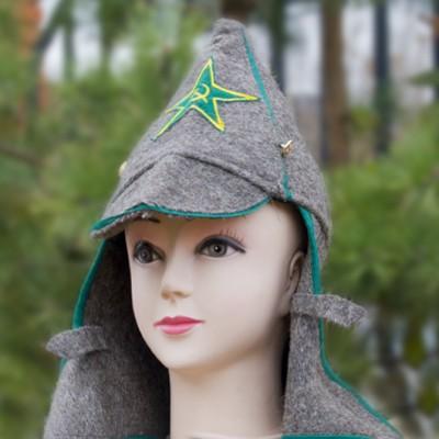 Буденовка из шинельной ткани с зеленой окантовкой и звездой
