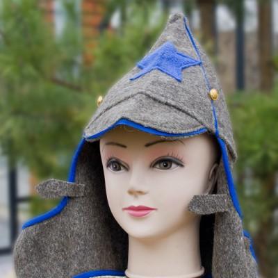 Буденовка из шинельной ткани с синей окантовкой и звездой