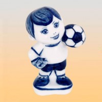 "Скульптура ""Футболист"" (гжель)"