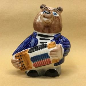 Солонка фарфоровая Медведь с баяном